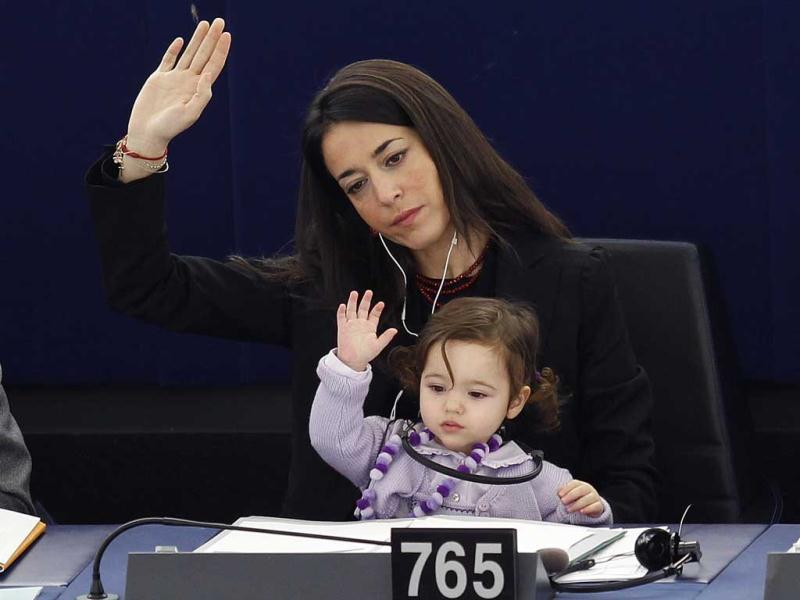 Vittoria too raises her hand during a voting session at the European Parliament in Strasbourg on February 15, 2012. Reuters/Vincent Kessler