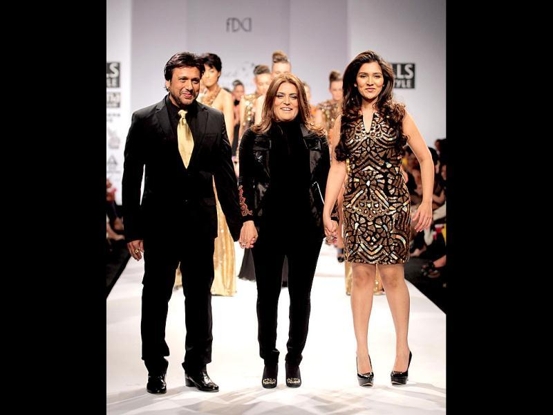 Govinda and Narmada walked the ramp for designer Reynu Tandon.