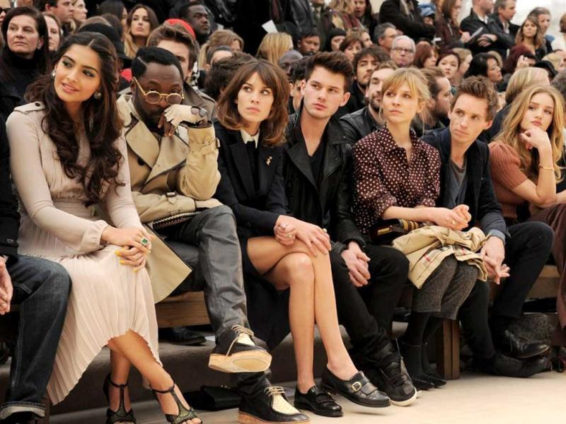 Sonam Kapoor graced the front row at Burberry Prorsum Autumn Winter 2012 Womenswear Show. She looked stunning in a grey chiffon pleated dress with peep-toe sandals.
