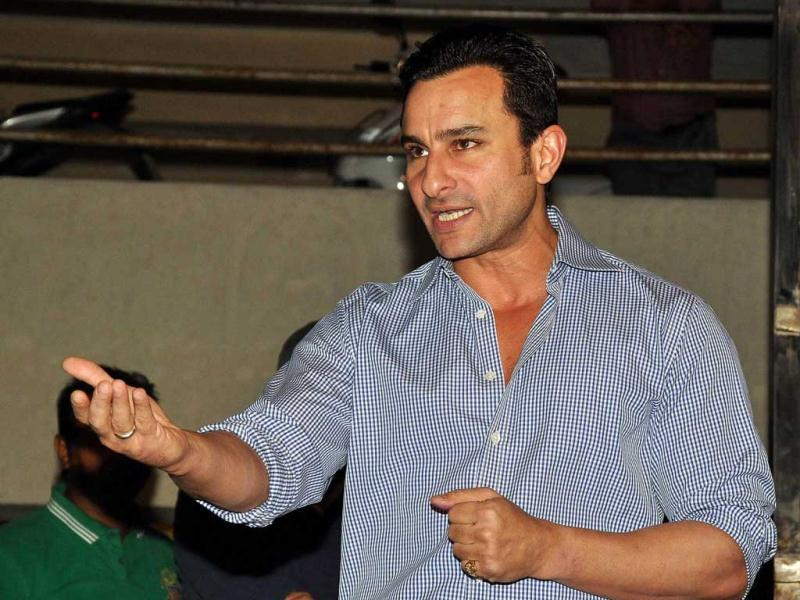 Bollywood star Saif Ali Khan speaks to journalists outside his house in Mumbai on February 22, 2012. (AFP)