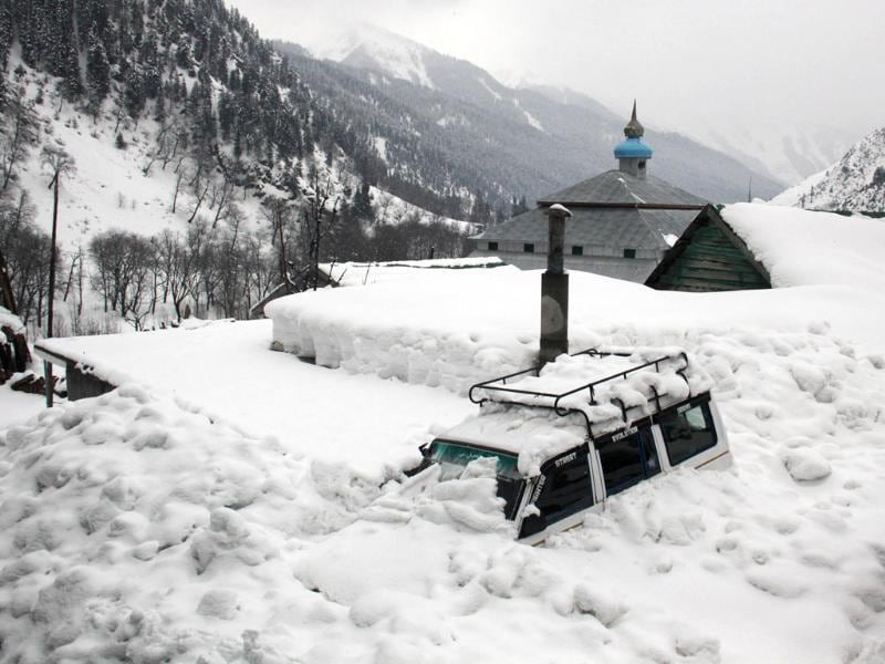 Avalanches caused by a heavy winter snow killed at least 108 people in northeastern Afghanistan. (HT File Photo)