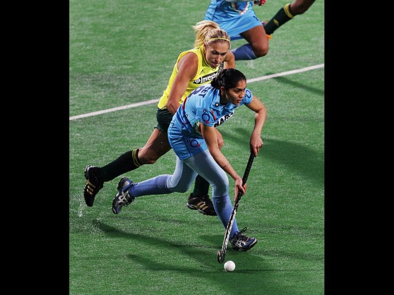 Women's hockey team member Jasjeet Kaur during the Olympic qualifier against South Africa at National Stadium in New Delhi. HT Photo/ Ajay Aggarwal