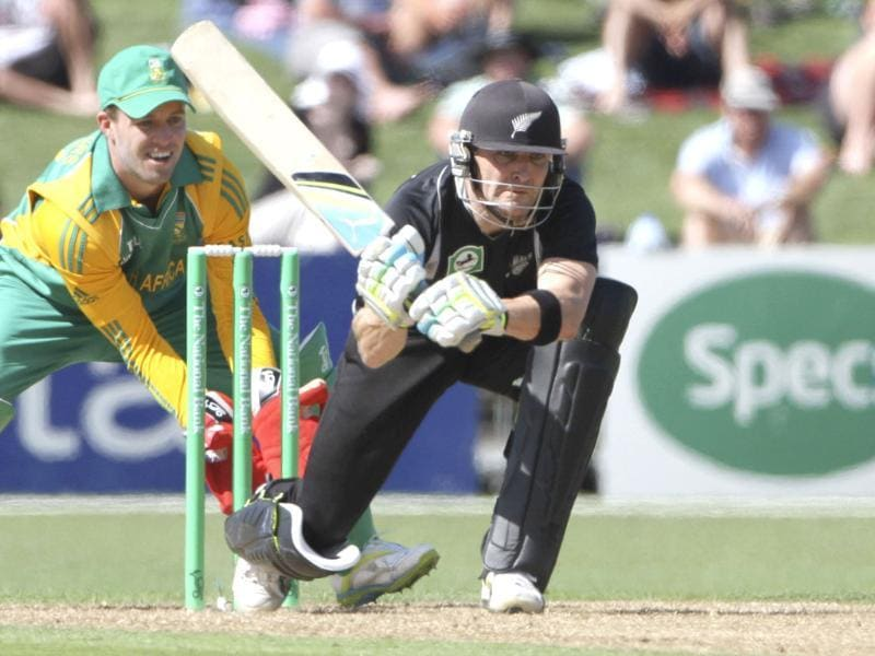 New Zealand's Brendon McCullum plays a shot against South Africa during the second one day international match against South Africa in Napier. AFP Photo/John Cowpland