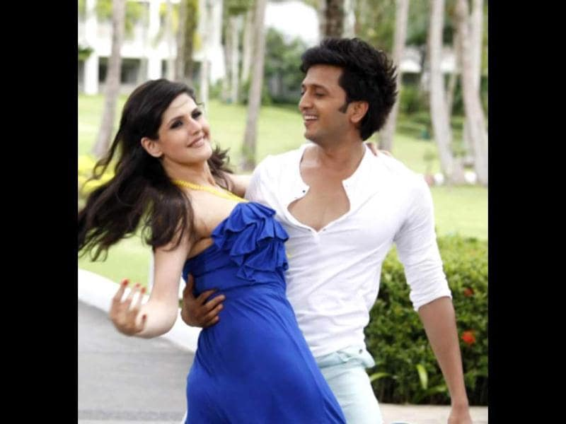 Riteish Deshmukh and Zarine Khan will pair-up for action-comedy film Housefull 2, directed by Sajid Khan and produced by Sajid Nadiadwala.