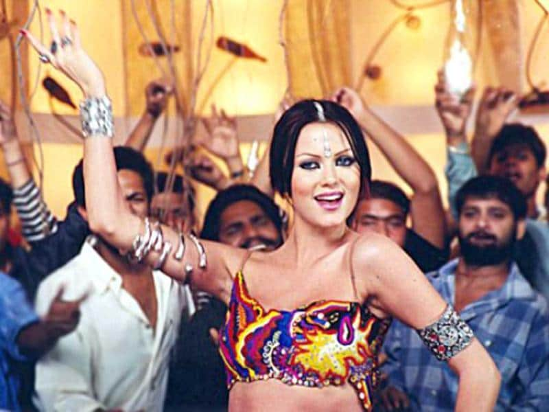 Czech model Yana Gupta made heads turn and mouths drool in her raunchy rustic performance in Babuji Zara Dheere Chalo from Dum.