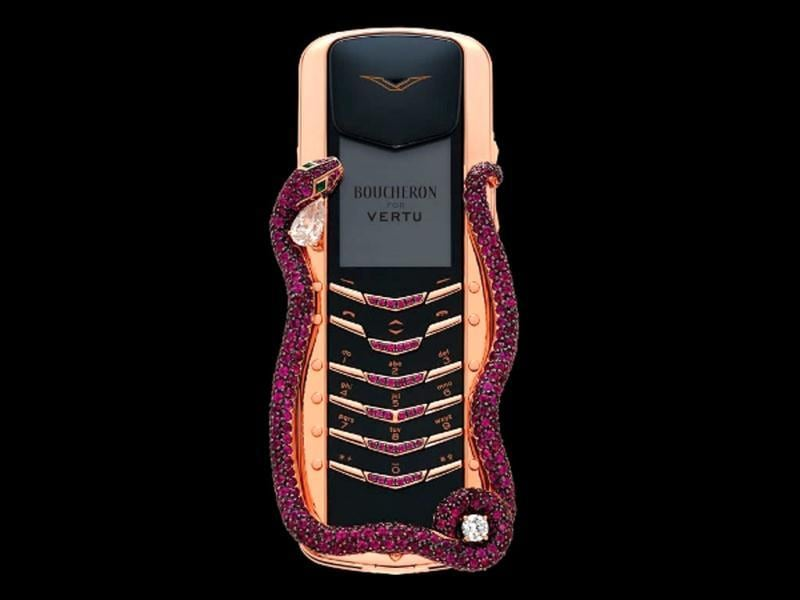 Bucheron for Vertu Cobra: Nokia Vertu collaborated with jewelers House of Bucheron to design this stunning piece of art encrusted with diamond, emerald, and rubies. Not surprisingly, it comes with a price tag of $310,000.
