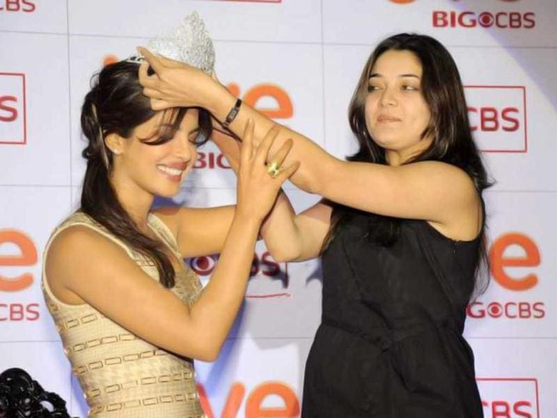 Priyanka Chopra is being crowned at the event.