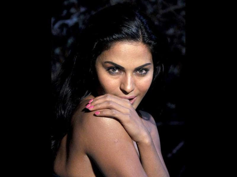 Veena Malik shoots a come hither look.