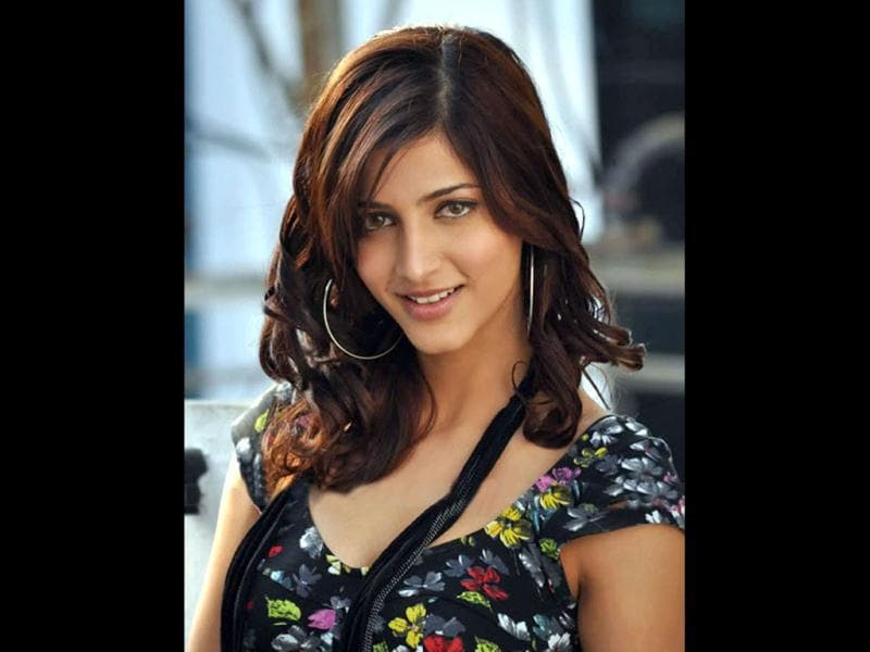 Shruti Haasan admitted that she underwent a nose surgery.