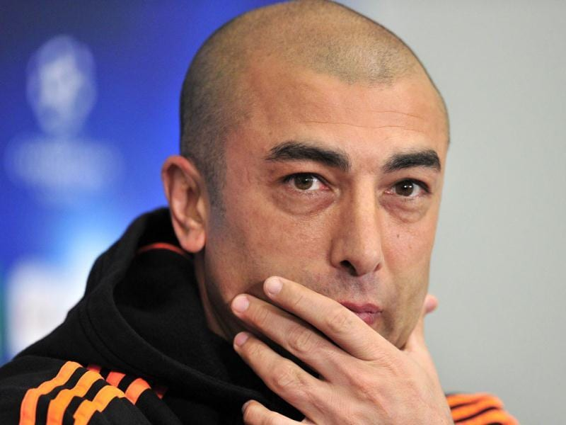 Chelsea's interim manager Roberto Di Matteo gives a press conference at Stamford Bridge in London ahead of their UEFA Champions League quarter-final second leg football match against Benfica. AFP/Glyn Kirk