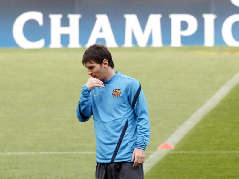 Barcelona's Lionel Messi gestures during a training session at Nou Camp stadium in Barcelona. Reuters/Gustau Nacarino