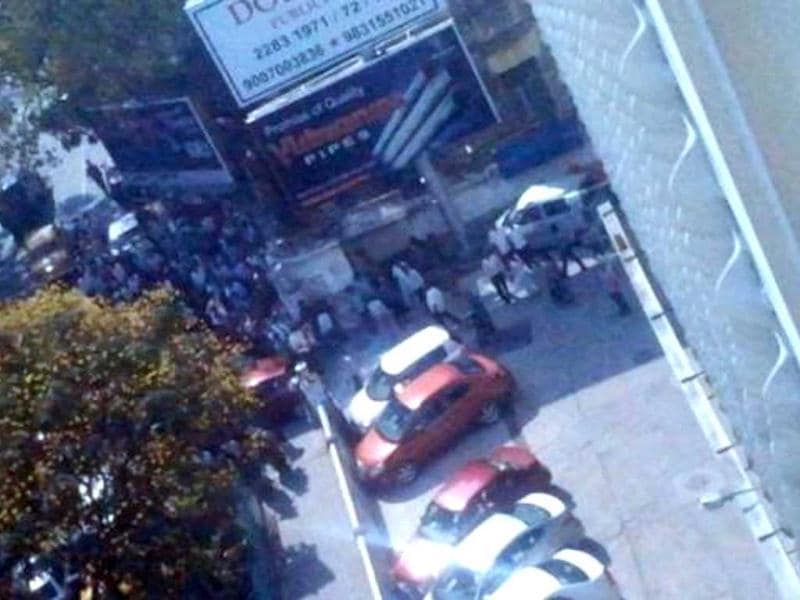 Earthquake evacuation at Theatre road, Kolkata. Tremors were felt in Kolkata following the 8.7 magnitude quake in Indonesia. The picture posted on Twitter by Chandreyi Das Sharma @Miss_Frodo