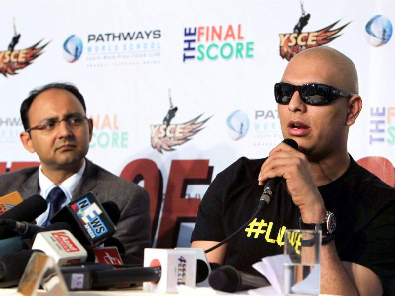 Cricketer Yuvraj Singh with his doctor Nitesh Rohtagi at a press conference in Gurgaon. (PTI Photo by Atul Yadav)