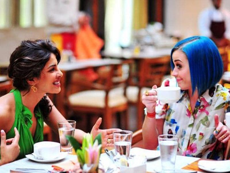 Katy Perry and Priyanka Chopra dine together.