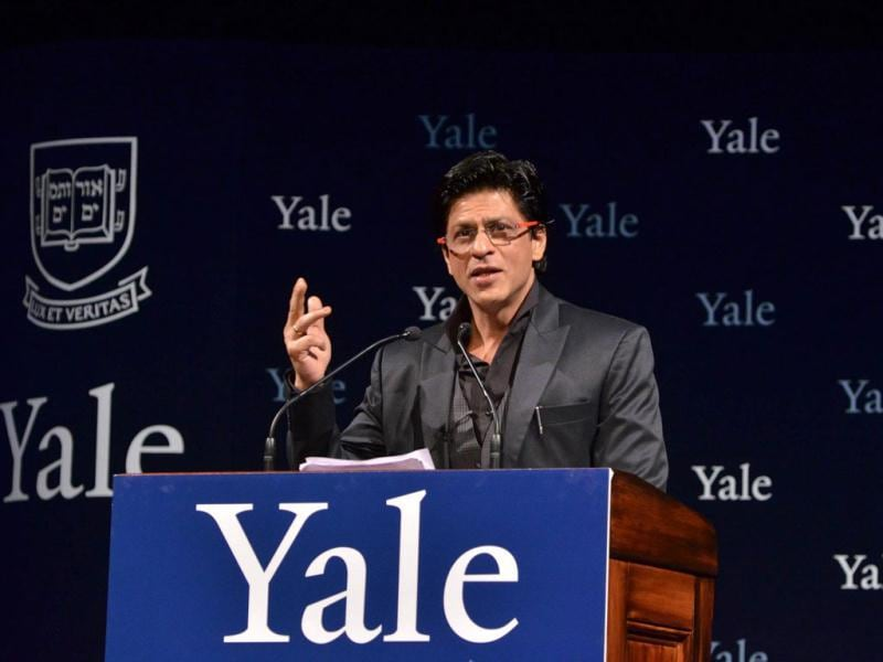 SRK giving his Chubb Fellowship lecture. Courtesy: Yale website