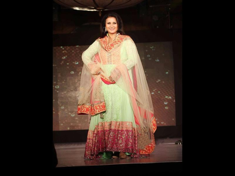 Poonam Dhillon looks pretty on the ramp.