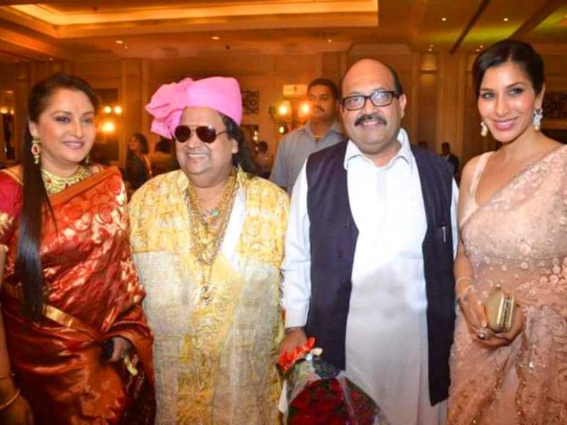 From left to right: Jaya Prada, Bappi Lahiri, Amar Singh and Sophie Chaudhary.