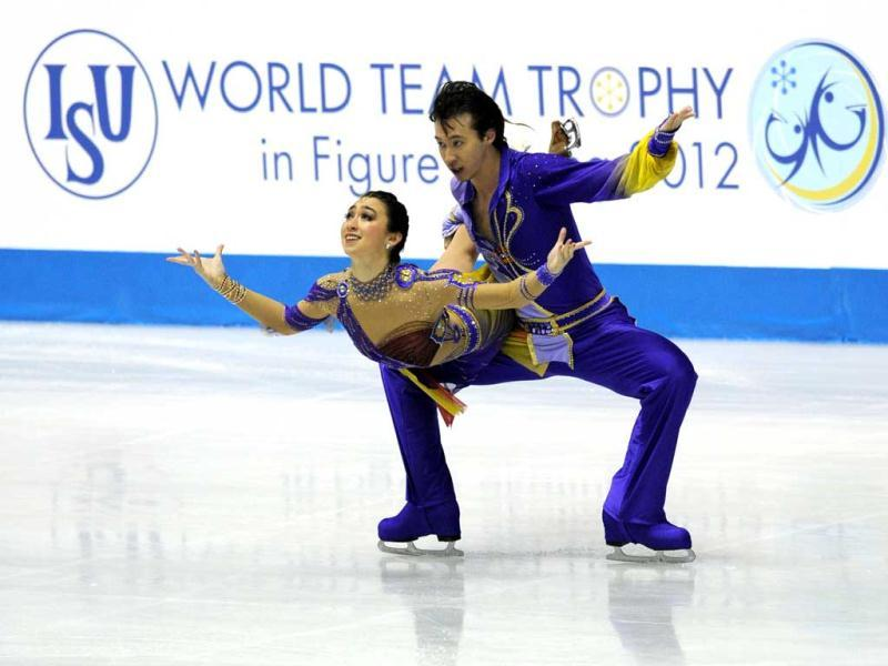 Japanese pair, Cathy Reed (L) and Chris Reed perform during the free dance event of the World Team Trophy 2012 figure skating competition in Tokyo.  AFP PHOTO / TOSHIFUMI KITAMURA