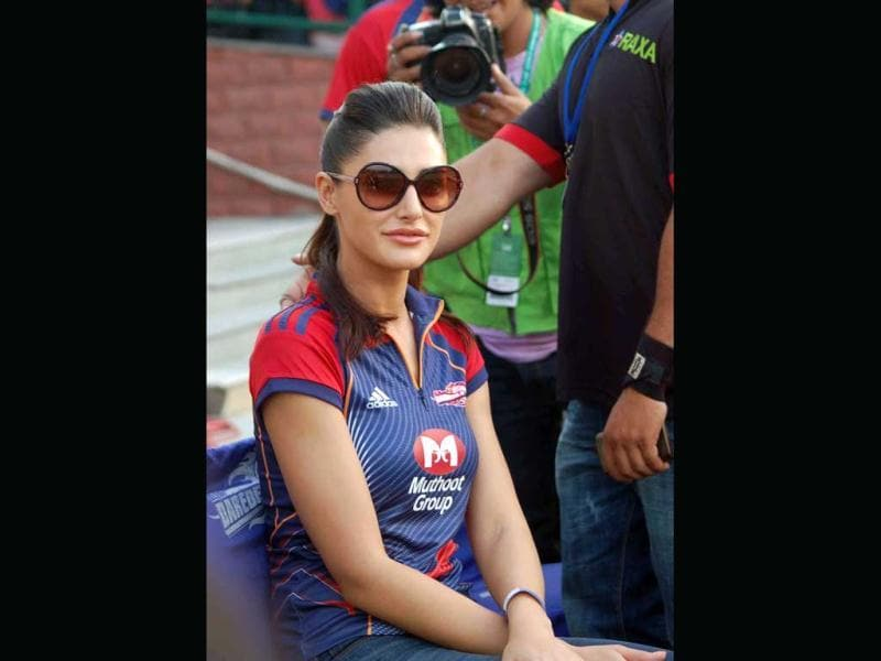 Actress Nargis Faqri watches IPL-5 between Delhi Daredevils and Deccan Chargers in New Delhi on Thrusday.