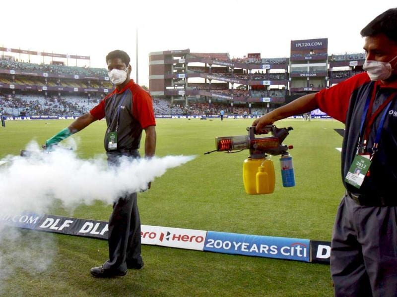 Fumigation during IPL 5 match played between Delhi Daredevils and Pune Warrior at Ferozshah Kotla in New Delhi. (HT Photo/Vipin Kumar)