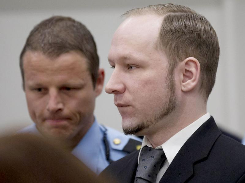 Right-wing extremist Anders Behring Breivik arrives in room 250 of the central court in Oslo. AFP Photo/Daniel Sannum Lauten