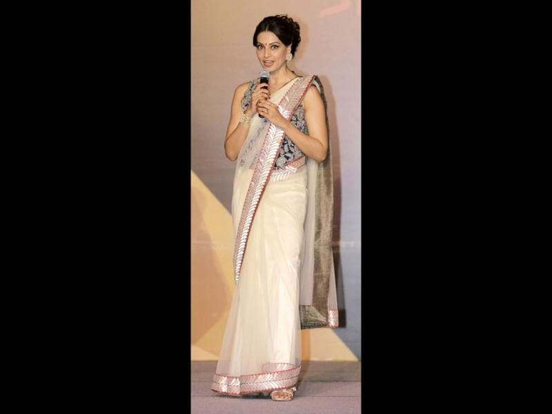 Bipasha Basu looks stunning in a sheer white sari at the event. (Reuters)