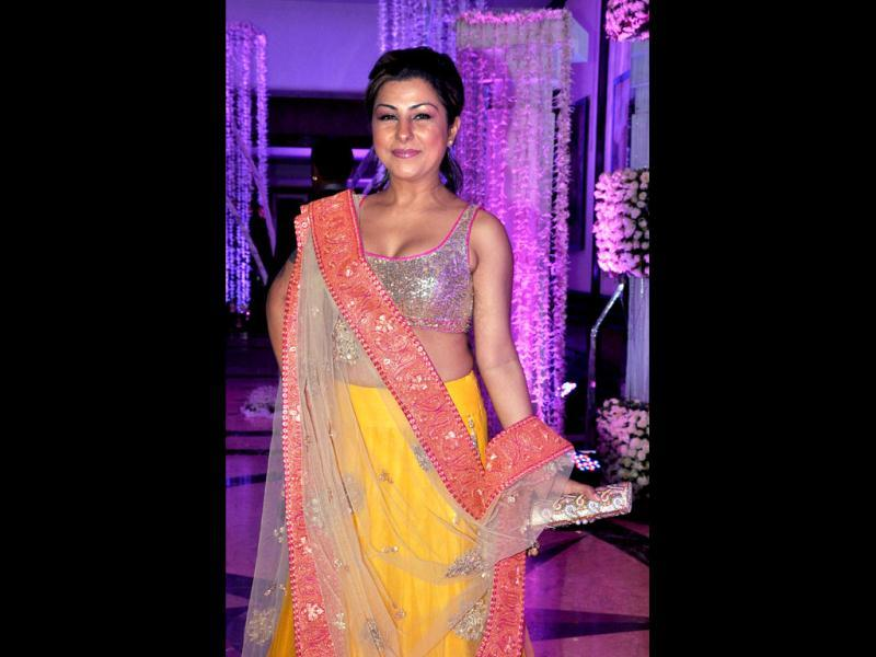 Hard Kaur in a bright attire looks lovely! (AFP Photo)
