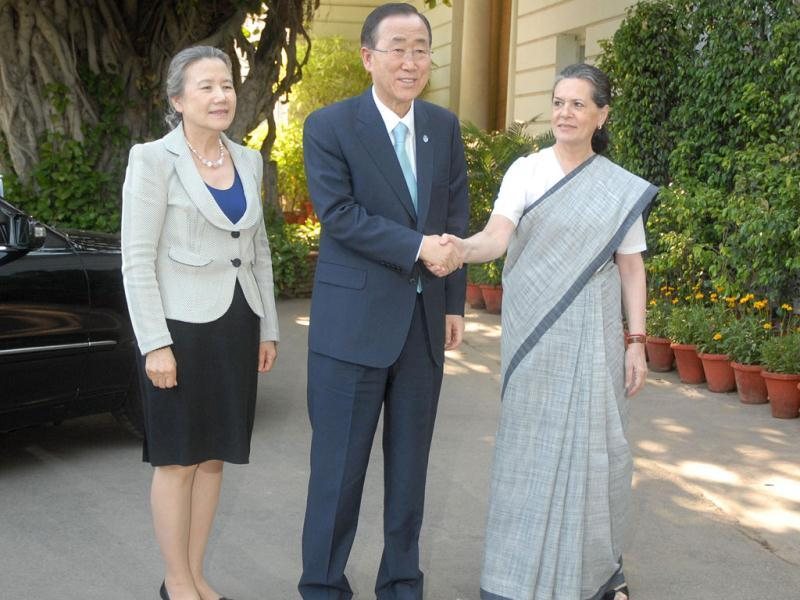 Ban and his wife Yoo Soon-taek are received by UPA chairperson Sonia Gandhi for a meeting at her residence 10 Janpath. UNI