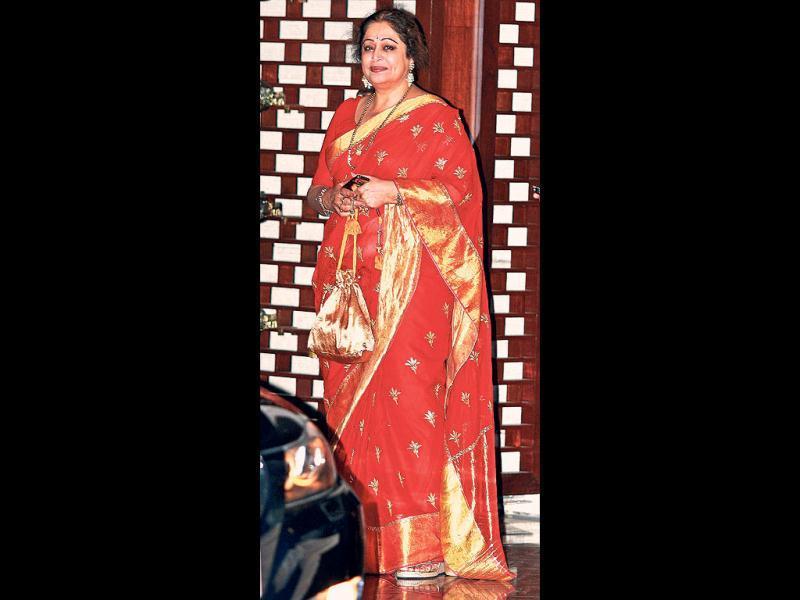 Kirron Kher looks like she's dressed for a wedding. (HT Photo)