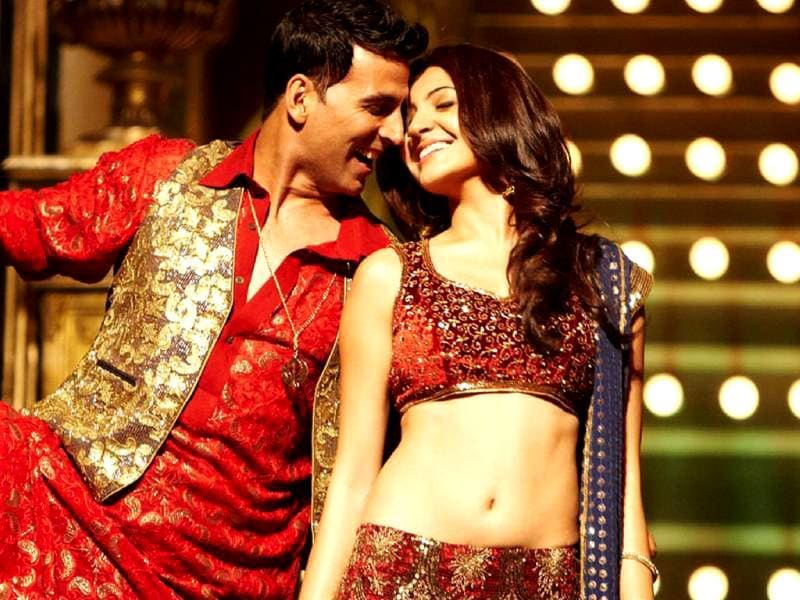 Anushka Sharma and Akshay Kumar look picture perfect in Patiala House.