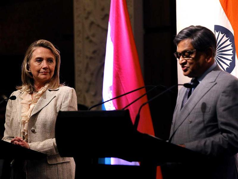 US secretary of state Hillary Rodham Clinton, left, listens to foreign minister SM Krishna during a news conference in New Delhi. AP Photo/Shannon Stapleton, Pool
