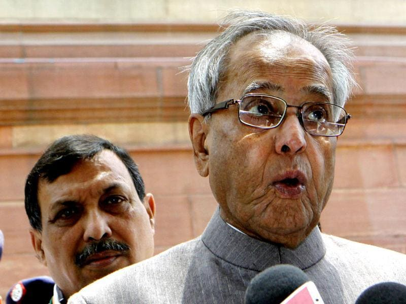 Finance minister Pranab Mukherjee talks to media persons after attending the ongoing budget session at Parliament House in New Delhi. HT/Sonu Mehta