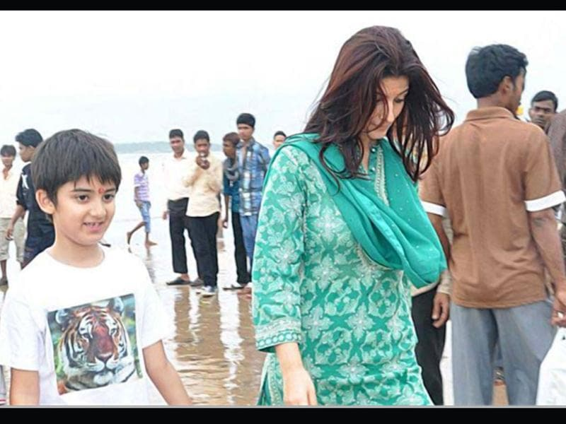 Once a successful actor, Twinkle Khanna steered her career to be a full time mom and an interior designer. Here she can be seen with son Aarav.