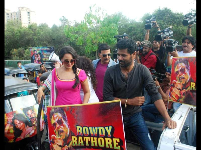 Sonakshi Sinha with director Prabhu Deva while promoting Rowdy Rathore. (UNI photo)