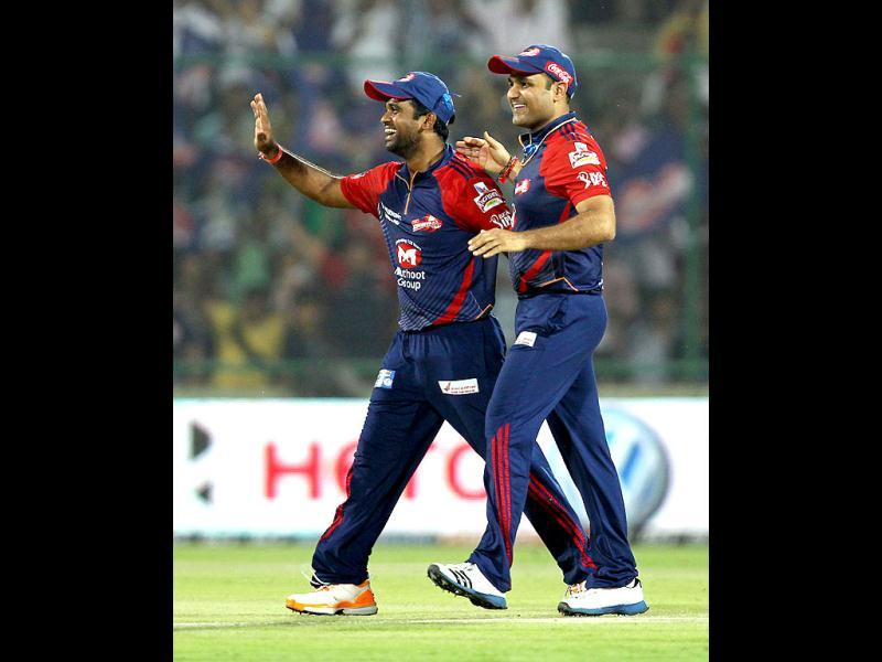 Delhi Daredevils Captain Virendra Sehwag celebrates the dismissal of Punjab Kings XI Mandeep Singh during the IPL cricket match between Delhi Daredevils and Punjab Kings XI in New Delhi. HT Photo/Ajay Aggarwal