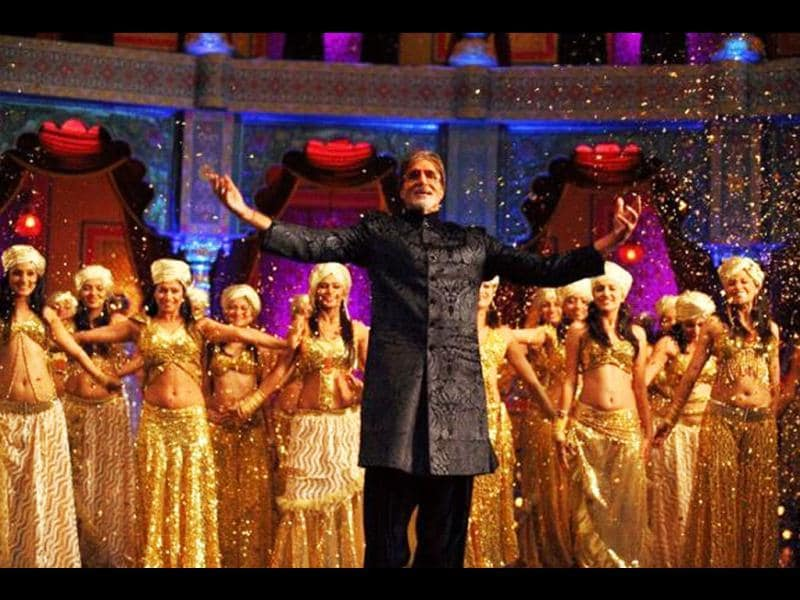 Amitabh Bachchan will be seen as himself in the song My Name is Anthony Gonsalves.