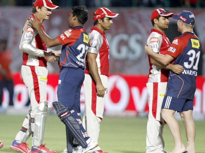 Adam Gilchrist captain of Kings XI Punjab congratulates Mahela Jayawardene and other team players after Delhi Daredevils victory during the IPL Twenty 20 cricket match at HPCA, Dharamsala. HT Photo/Gurpreet Singh