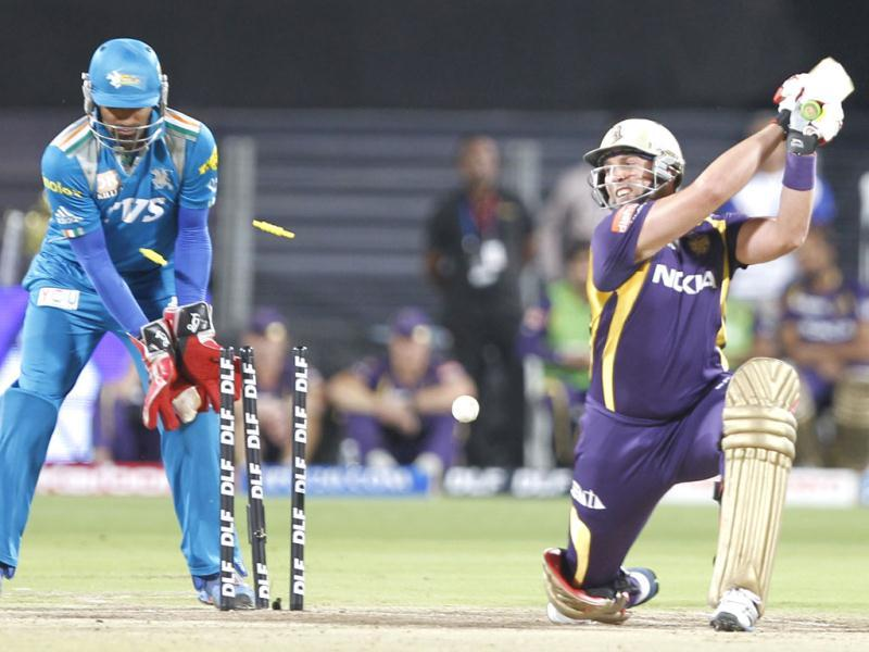 Jacques Kallis is bowled by PWI player Michael Clarke during the match between Pune Warriors India and Kolkata Knight Riders at Subrata Roy Sahara Stadium in Pune. HT Photo/Kunal Patil