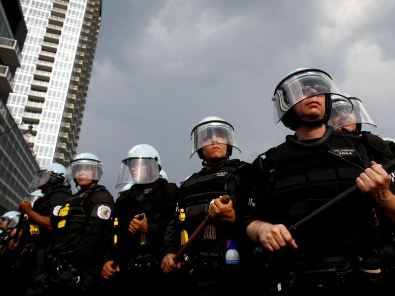Police line up during an anti-Nato protest march in Chicago. Reuters/Eric Thayer