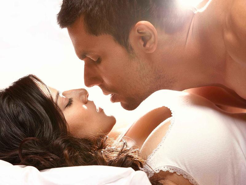 Sunny Leone was shy and uncomfortable during the lovemaking scenes with Randeep Hooda in Jism 2. But the chemistry between the couple is palpable.