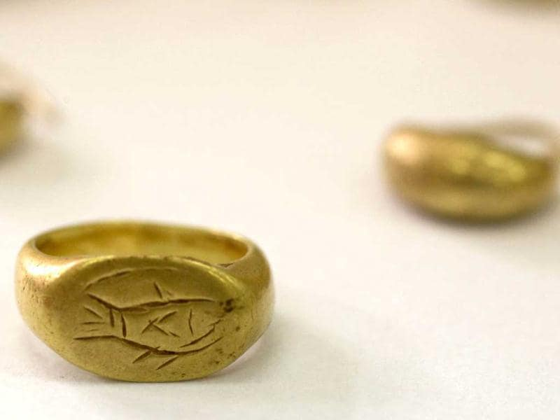 A recently discovered seal ring from the