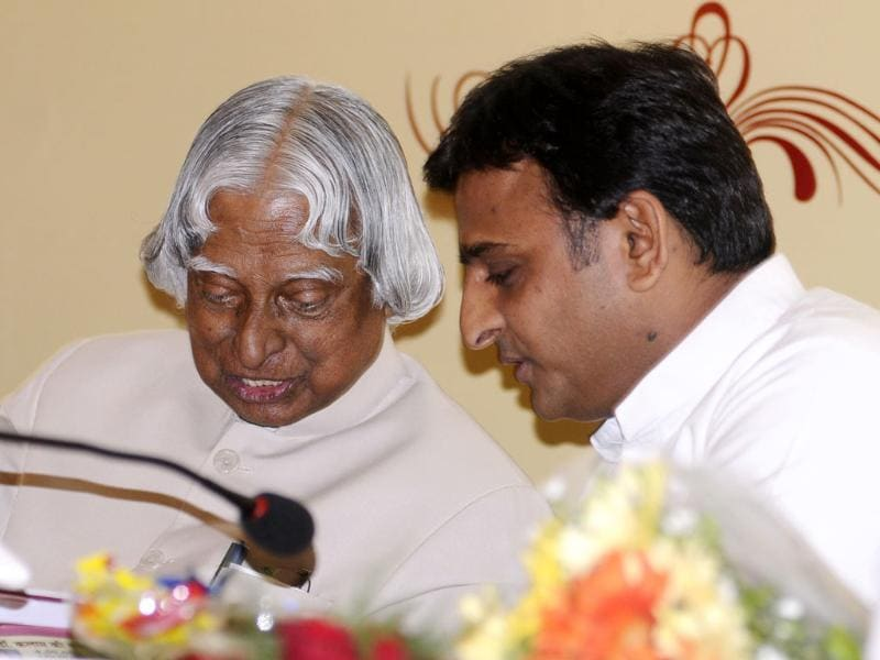 Former president APJ Abdul Kalam and UP chief minister Akhilesh Yadav at UP Development Conclave organised by HT at Vivanta in Lucknow. (HT Photos)