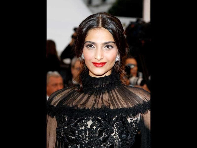 Sonam really missed the fashion bus this time. And what's with the Victorian ruffled collar?