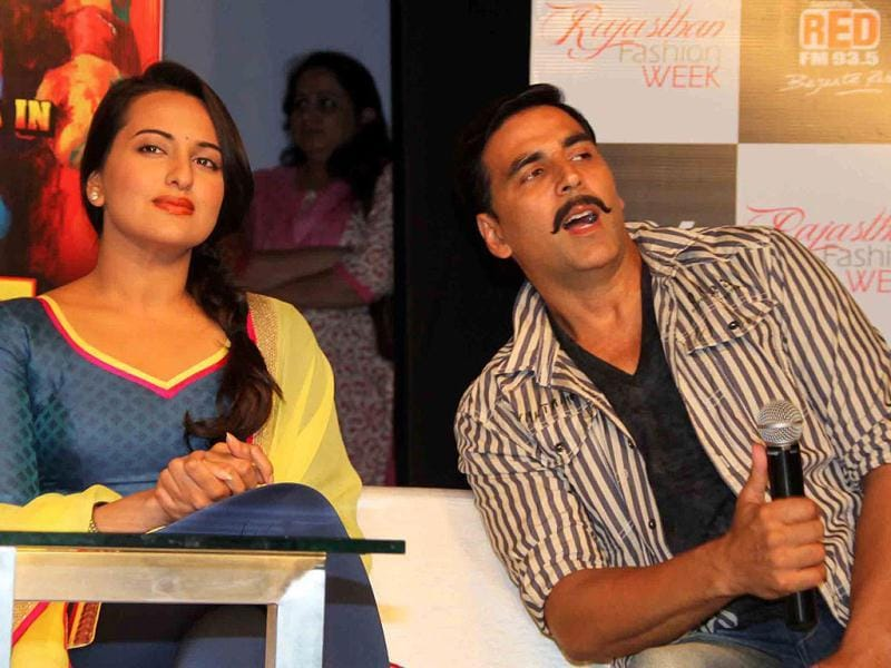 Sonakshi and Akshay interact with the media. (UNI photo)