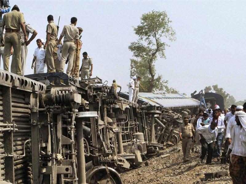 Rescue work being carried out after Doon Express, on its way from Howrah to Dehradun, derailed near Koridia village about 35 km from Jaunpur in Uttar Pradesh. PTI Photo