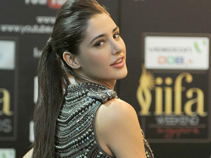 Nargis Fakhri is simply a 'rockstar'!
