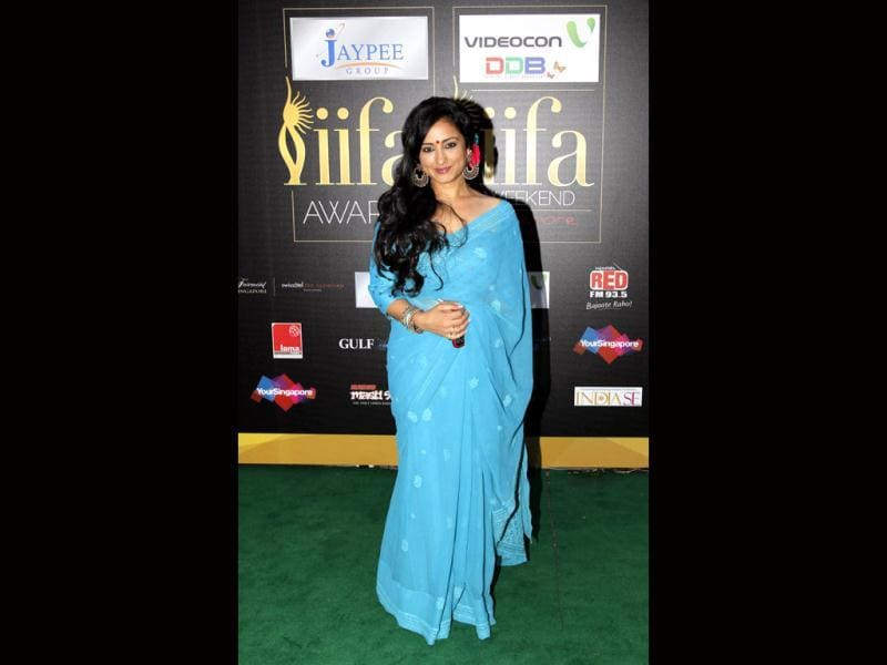 Divya Dutta in a light-blue sari at IIFA awards.