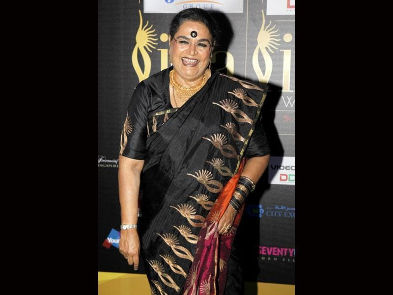 Usha Uthap arrives at the green carpet in her usual avatar.