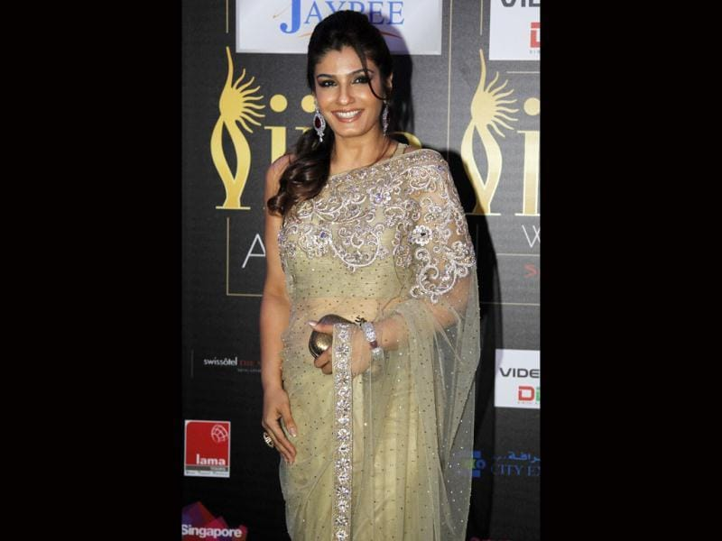 Raveena Tandon chooses a bling sari for the IIFA awards.