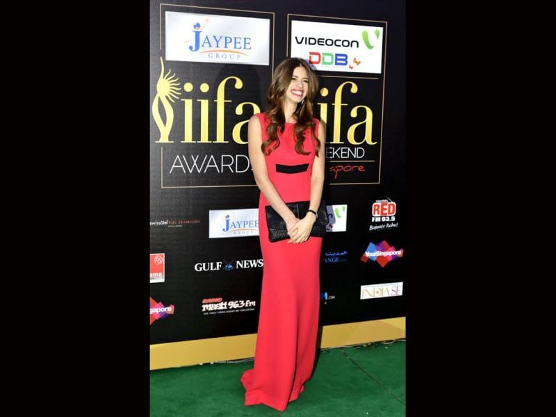 Kalki Koechlin dons a red gown for the big IIFa night.